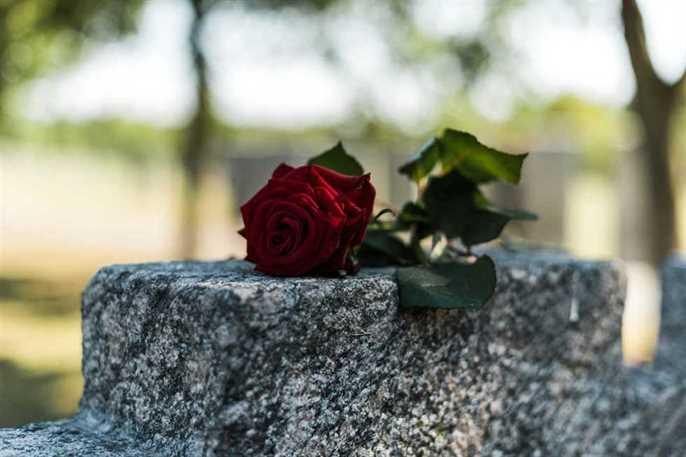 How To Plan A Meaningful Memorial Service